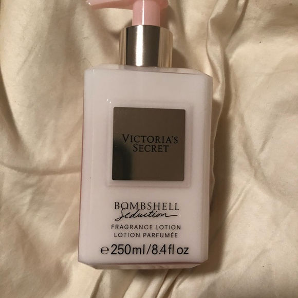 b2dc40938c NEW Victoria s Secret Bombshell Seduction Lotion